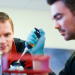 Rodolphe Barrangou supervises a graduate student in their NC State lab